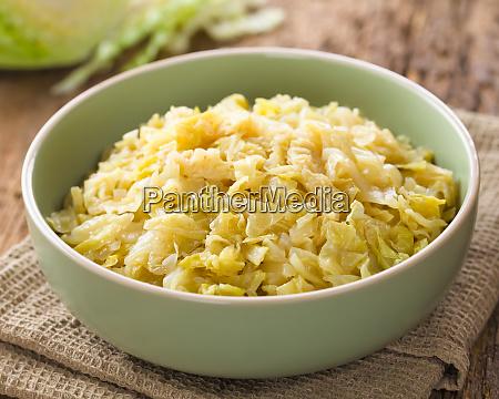 braised white cabbage
