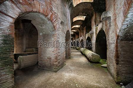 flavian amphitheater pozzuoli campi flegrei phlegraean