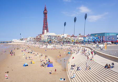 blackpool tower blackpool beach and seafront
