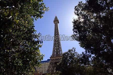 las vegas version of eiffel tower