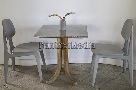 miniaml style coffee shop furniture