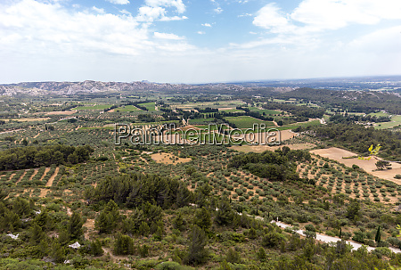 panoramic view on luberon valley from