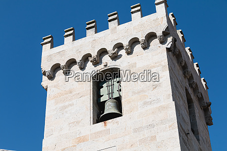 architectural detail of the cathedral of