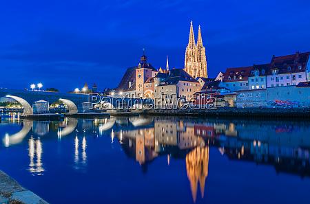 regensburg at night