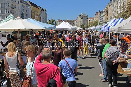 flea market vienna