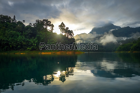 sunrise on cheow lan lake khao