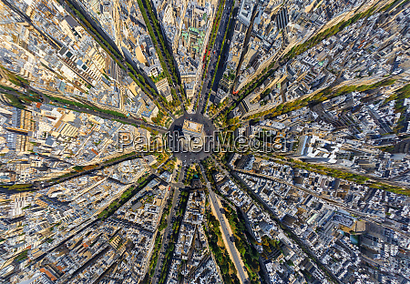 aerial view above the arc de