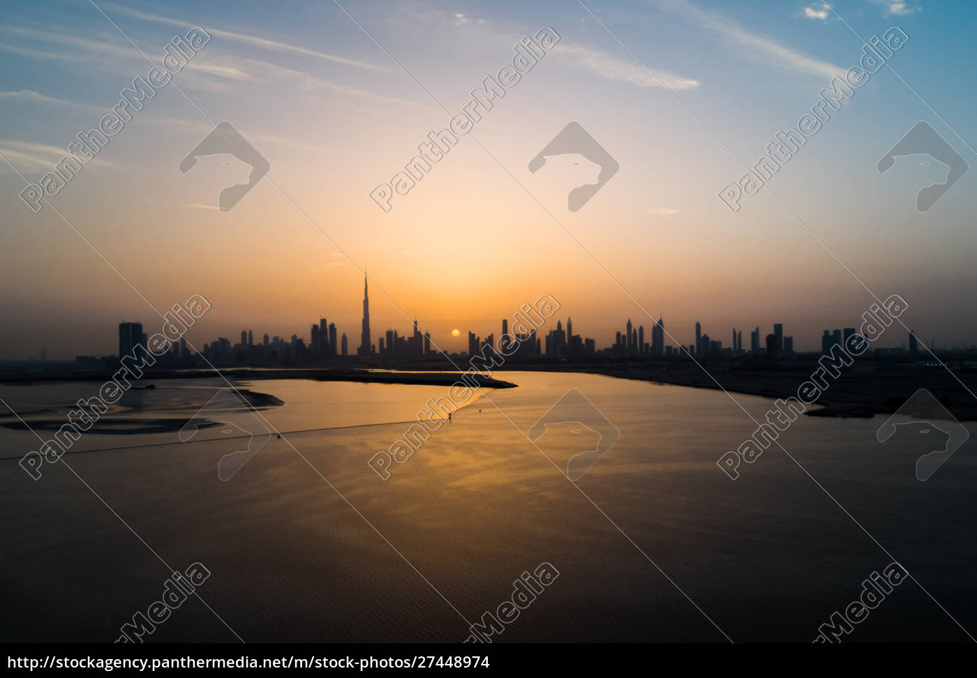 aerial, view, of, dubai, skyscrapers, at - 27448974