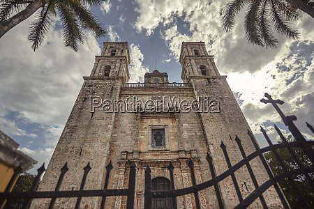 frontal view of san servasio church