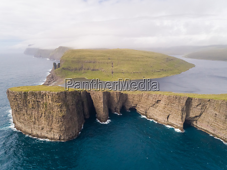aerial view faraway of tourists english