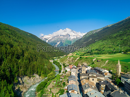 aerial view of lanslebourg village in