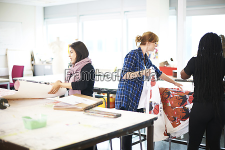 female art students in art studio