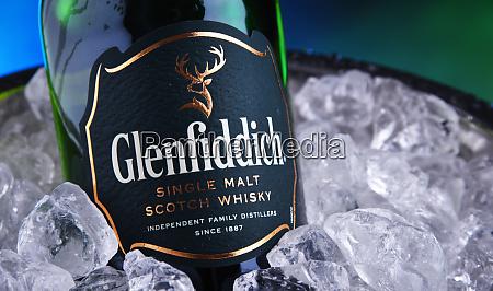bottle of glenfiddich single malt scotch