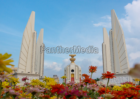 democracy monument with blue sky in