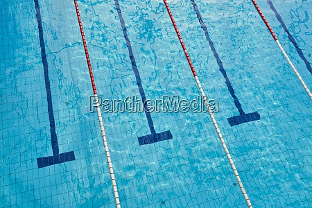 seimming pool lanes