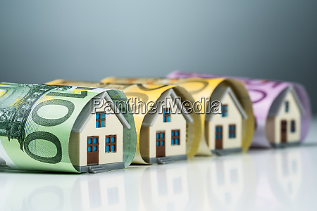 miniature, houses, inside, the, euro, banknotes - 27494976
