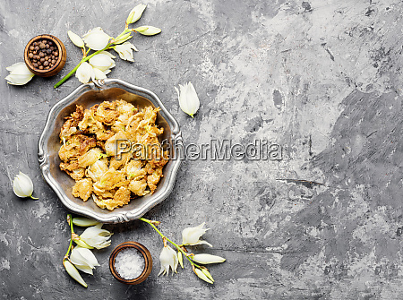 roasted yucca flowers