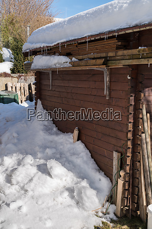 snow load on the house roof
