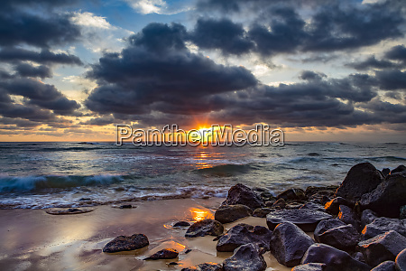 sunrise over the pacific ocean from