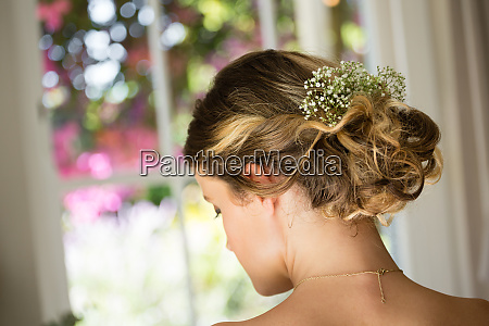 close up of bride hair with