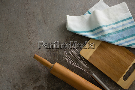 rolling pin whisker chopping board and