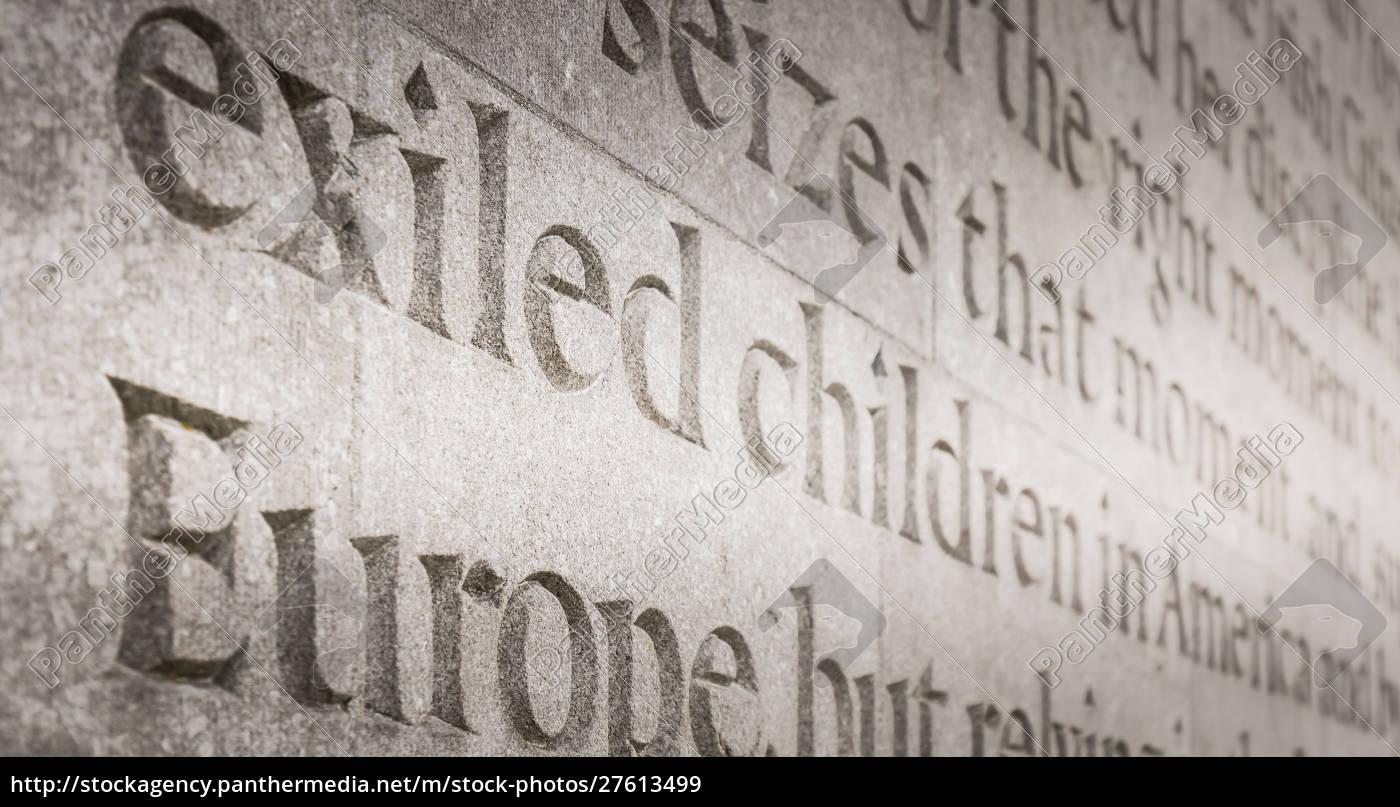 architectural, detail, of, war, memorial, arbor - 27613499