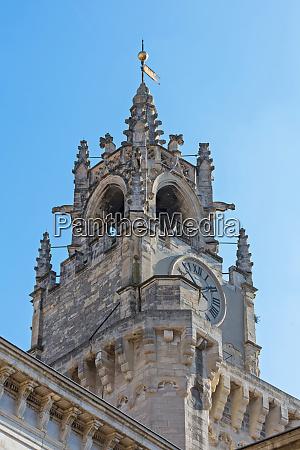 clock tower avignon