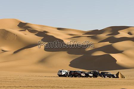 off road vehicles erg awbari sahara