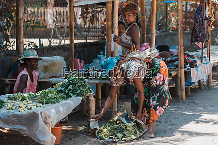 malagasy marketplace on main street of