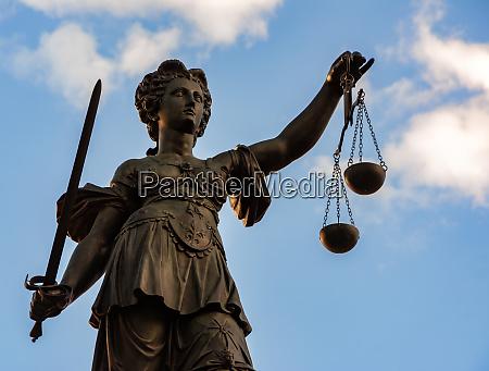 lady justice sculpture