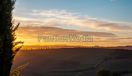 tuscany pienza countryside at sunset