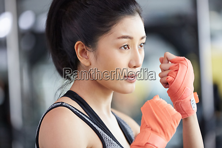 female fitness gym boxer size