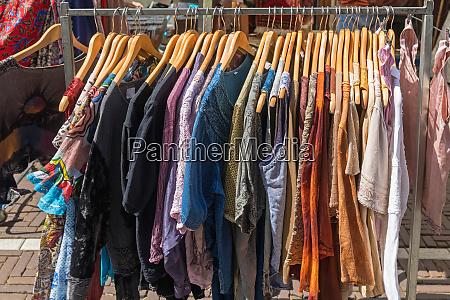 clothing street market