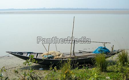 a small fishing boat nautical vessel