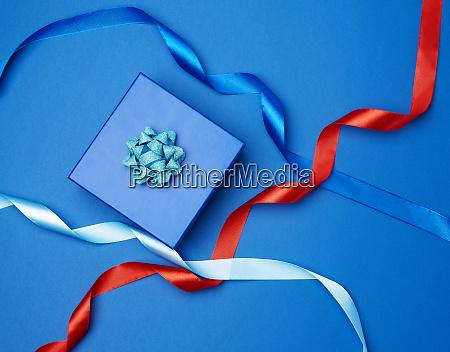 cardboard gift square box bows ribbons