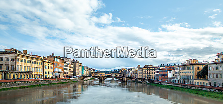 arno river florence city tuscany