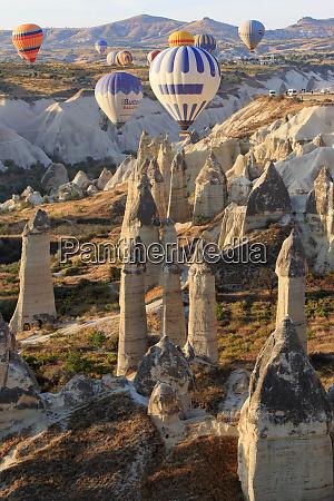 turkey anatolia cappadocia goreme hot air