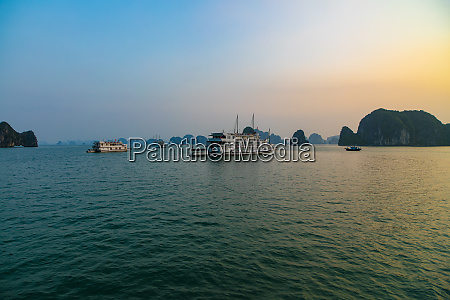 sunrise halong bay vietnam asia