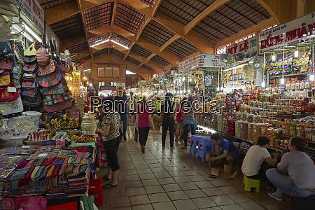 stalls inside ben thanh market ho
