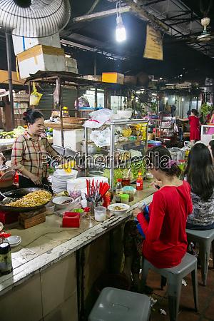russian market phnom penh cambodia