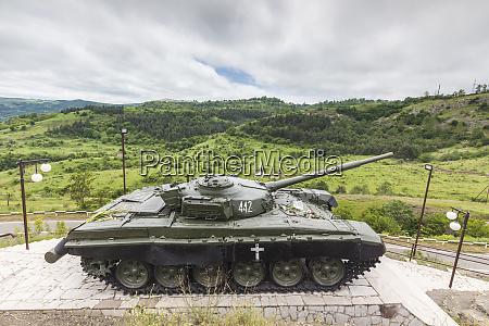 nagorno karabakh republic shushi tank monument