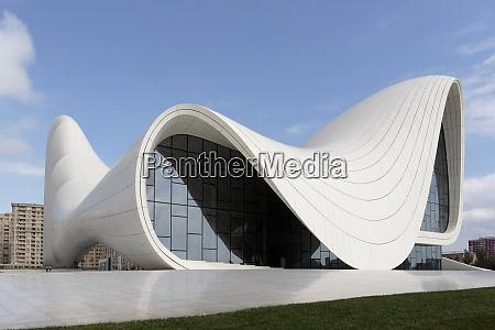 azerbaijan baku the heydar aliyev center