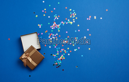 open square empty gift box on