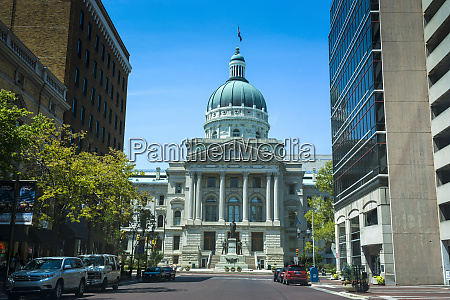 statehouse state capitol building indianapolis indiana