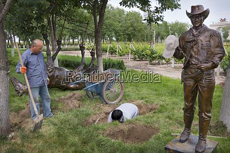 china xinjiang province shihezi workers install