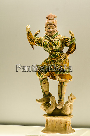 statue of heavenly guardian pottery exhibits