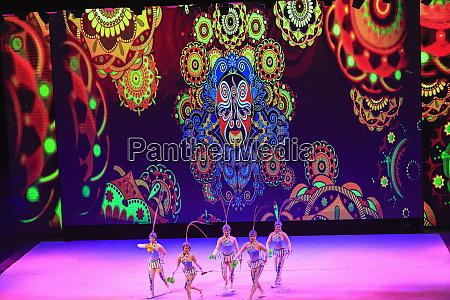acrobatic show beijing china