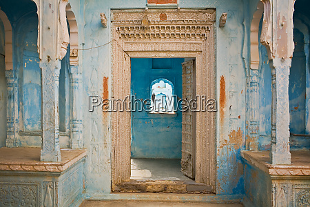 india rajasthan traditional house entrance credit