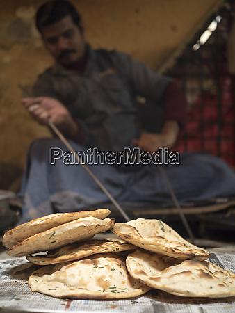 freshly baked tandoori roti in amritsar
