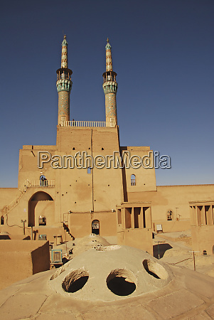iran yazd back view of zoroastrian